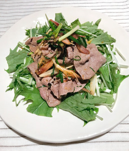 牛しゃぶの香味野菜サラダ