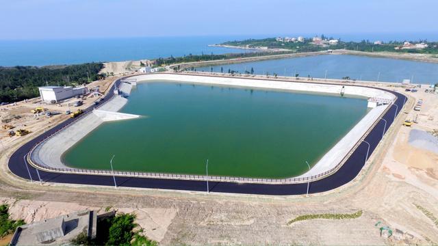 金門島に中国側から送水開始 台...