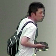 富田林署から逃走した容疑者の映像公開 情報呼びかけ