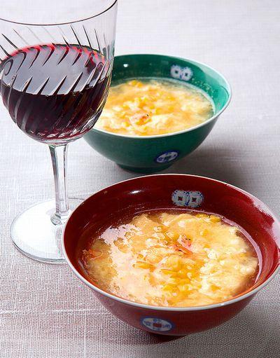 トウモロコシと卵のスープ=写真・家老芳美