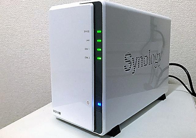 自宅に設置したファイルサーバー。この時の温度は36度