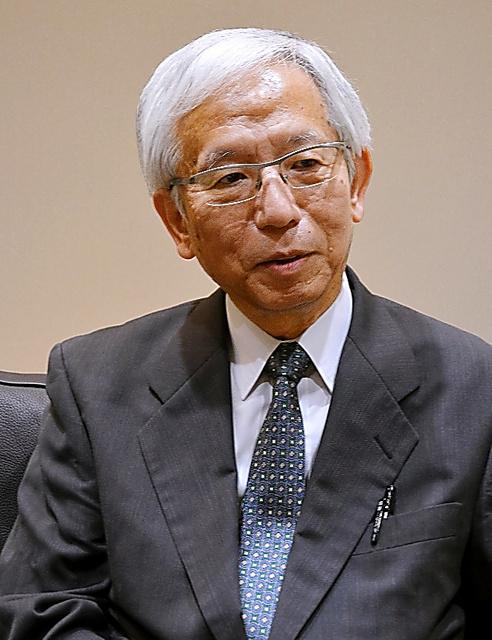 石井洋二郎理事・副学長