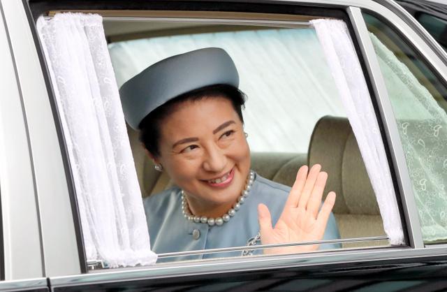 誕生日のあいさつのため、皇居に入る雅子さま=2018年12月9日午前、皇居・半蔵門、代表撮影