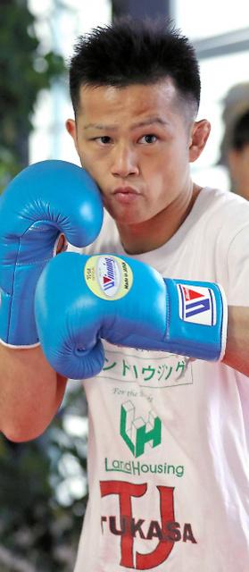 王者返り咲きを目指して練習に励む難聴のK-1選手、郷州征宜さん=松本俊撮影