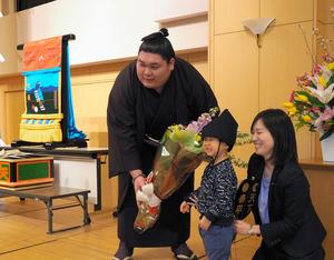 北海道)矢後関、ふるさと芽室町で幕内昇進祝賀会:朝日新聞 ...