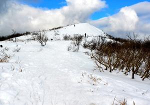 赤坂山・寒風 冬山は休み方が重要