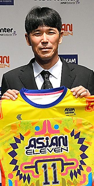 古賀琢磨監督。6月にある国際親善試合でU18東南アジア選抜チームを率いる