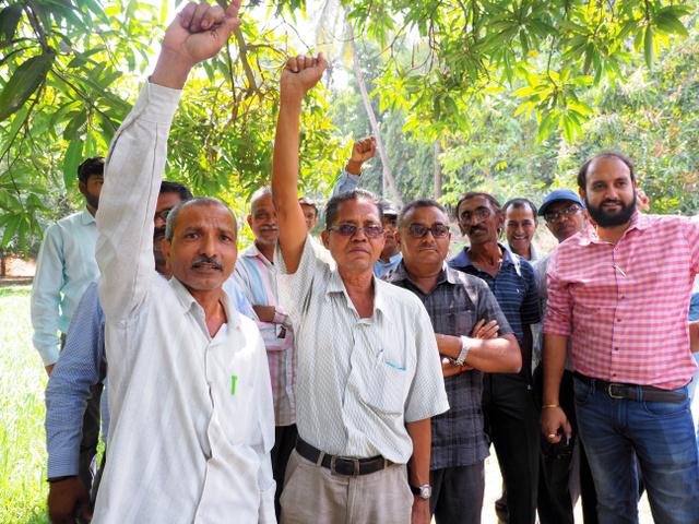 相次ぐ自殺 インド総選挙、渦巻...