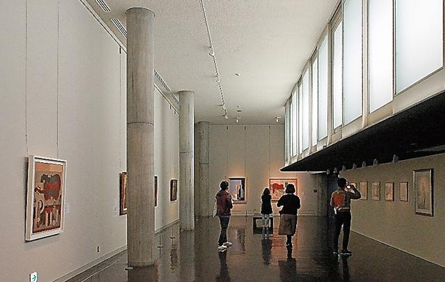 「ル・コルビュジエ」展の2階展示室