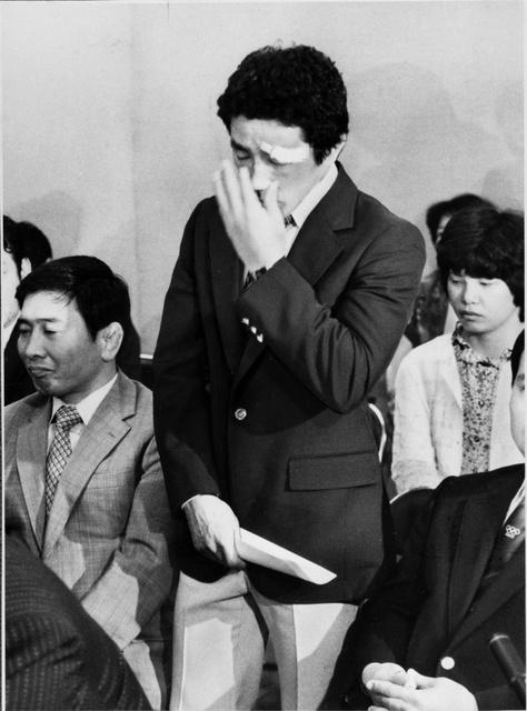 コーチ・選手団会議で涙ながらに参加を訴えるレスリングの高田裕司
