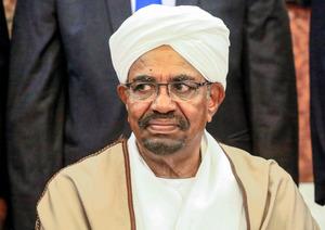 スーダンのバシル大統領が辞任 国際刑事裁判所が逮捕状