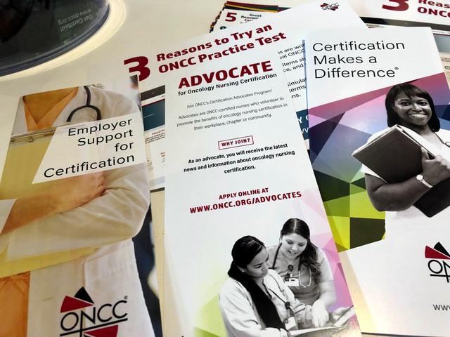看護師のさまざまな専門認証制度も関係団体によって行われています。