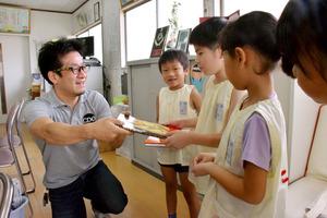 1着になるたび、子どもに絵本を ある競輪選手の思い:朝日新聞 ...