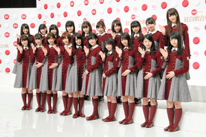 欅坂46が「櫻坂46」に改名へ ファン予想、大当たり
