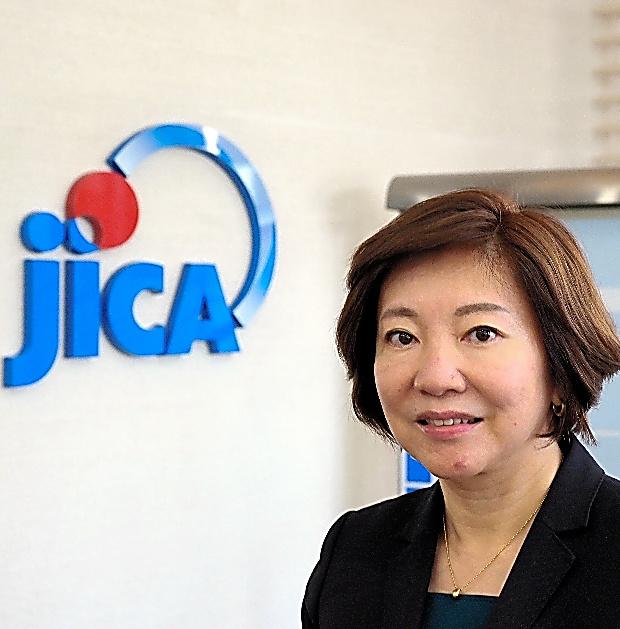 宮崎桂・JICAガバナンス・平和構築部長。女性で初めてJICAタイ事務所長を9月まで務めていた=11月17日、東京都千代田区