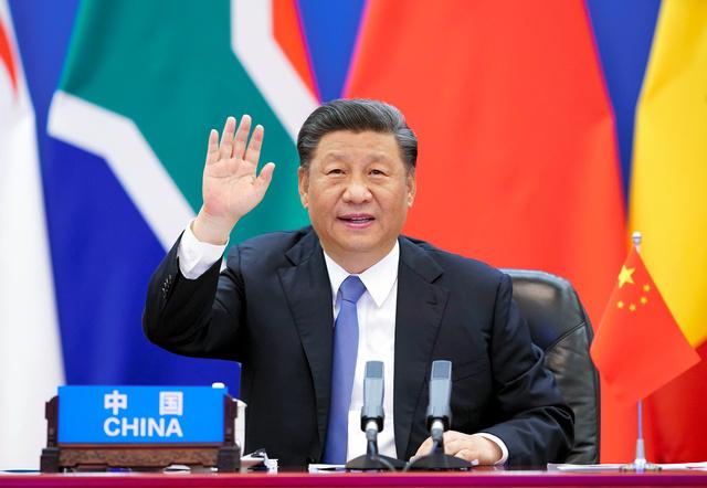 北京で2020年6月17日、アフリカ諸国の首脳とのオンライン会議に参加した習近平国家主席=新華社