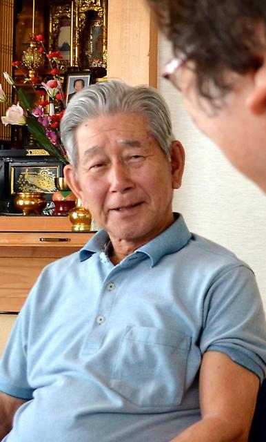 記者会見などでは厳しい表情ばかりだった浜野博さんだが、自宅にうかがうと温かく迎えてくれた=2016年、鹿児島県志布志市