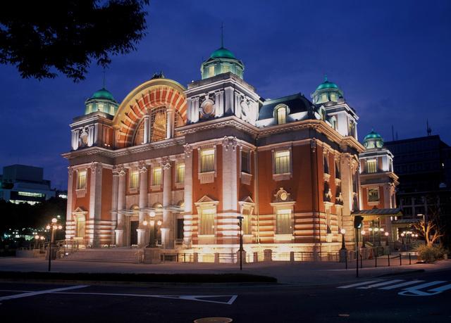 大阪市中央公会堂=作品集『石井幹子 光の軌跡』から、石井幹子デザイン事務所提供