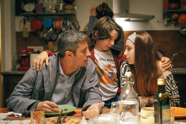 イタリア映画「ワン・モア・ライフ!」から (C)Copyright 2019 I.B.C. Movie