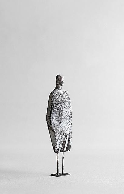 『かたわらに 沢田英男 彫刻作品集』から