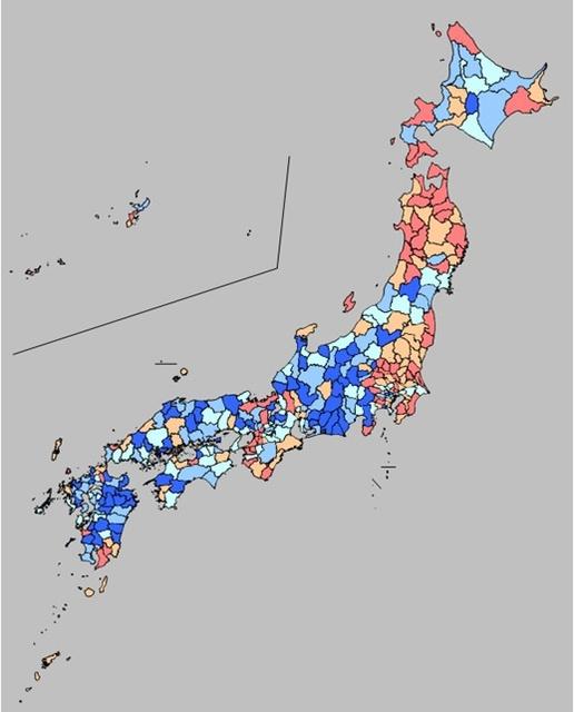 地域ごとにみた女性の健康寿命の分布。青い地域ほど長く、赤い地域ほど短い=細川陸也・京都大講師提供