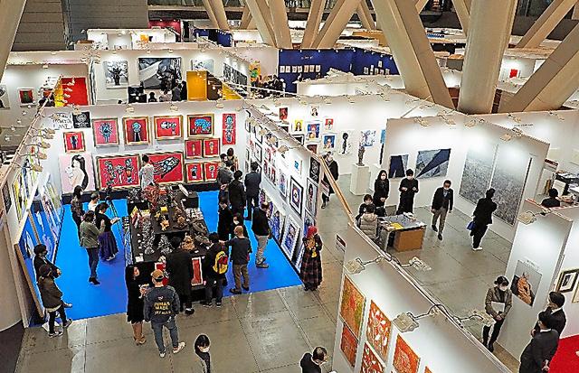 「アートフェア東京2021」の会場風景