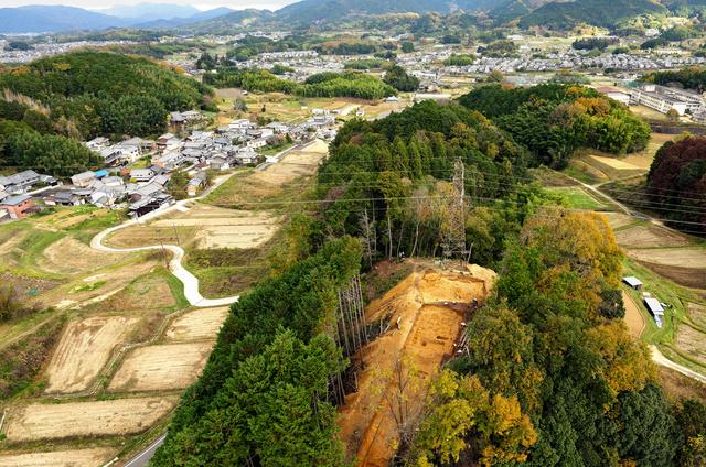 飛鳥の防衛ラインとみられる佐田タカヤマ遺跡=奈良県高取町教育委員会提供