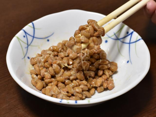 納豆はどのようにしてできるのか。分子のレベルでは、まだまだわからないことが多い