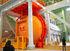ボーイング社の「787」を生産する川崎重工業の新工場。胴体を焼き固める窯のオートクレーブを設置し、生産能力の増強をはかった=3月、愛知県弥富市