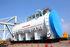 川崎重工業がボーイング社製「787」の胴体を焼き固めてつくる窯「オートクレーブ」。増産に対応するため、2号炉をつくった=昨年9月、川崎重工業提供