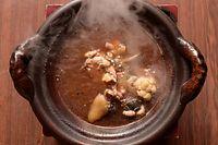 32)浜松のスッポン:「大市」のスッポン鍋=京都市上京区、竹花徹朗撮影