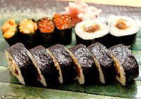 42)瀬戸内海の海苔:うを勢の巻きずし=神戸市中央区