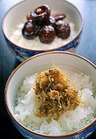 67)小豆島のつくだ煮:ちりめんや、しいたけの佃煮(つくだに)=香川県小豆島町、橋本弦撮影