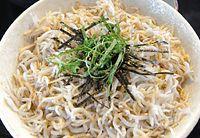 6)紀州シラス:素朴な風味のシラス丼。毎日食べても飽きない味は食卓の定番だ=和歌山県湯浅町、森井英二郎撮影