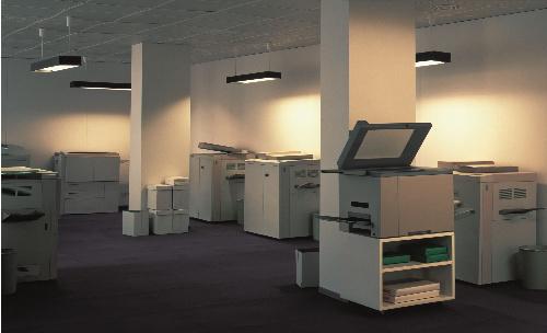 写真:トーマス・デマンド「コピーショップ」(1999年) (C)Thomas Demand,VG Bild-Kunst,Bonn/APG-JAA Tokyo