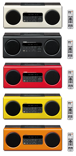 写真:画像2:ヤマハのデスクトップオーディオシステム「TSX—112」(10月発売予定、予想実売価格3万円)。少しレトロなデザインが魅力。CD、FM/AMラジオ、USBメモリーに保存したMP3やWMAなどの音楽再生にも対応。赤、黄、オレンジ、黒、白の5色がある