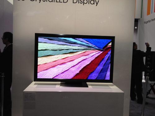 写真:画像3:ソニーの新ディスプレー技術「クリスタルLEDディスプレイ」。有機EL以上の画質が実現できるのが特徴。ただし現状では、商品化の時期などは未定(撮影:西田宗千佳)