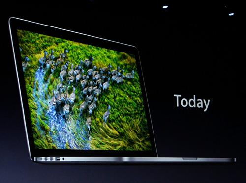 写真:画像4:新しい次世代型MacBook Proである、「MacBook Pro Retinaディスプレイモデル」。日本では18万4800円から(撮影:西田宗千佳)