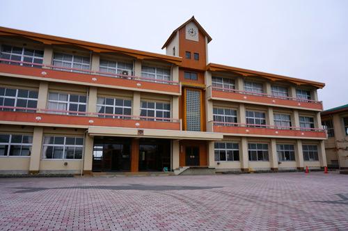 写真:写真1:今回の舞台となる岡山県新見市立哲西中学校(撮影:西田宗千佳)