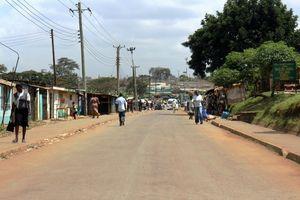 ナイロビで最大のスラム、キベラは市の中心からさほど離れていない=江木慎吾撮影