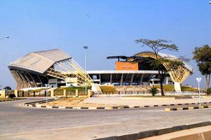 ンドラのサッカースタジアム。中国の会社が建てた