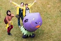 小平市のキャラクター、「ぶるべー」が、津田塾祭に初登場しました。