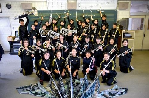 写真:金賞を受賞した高知中高吹奏楽部