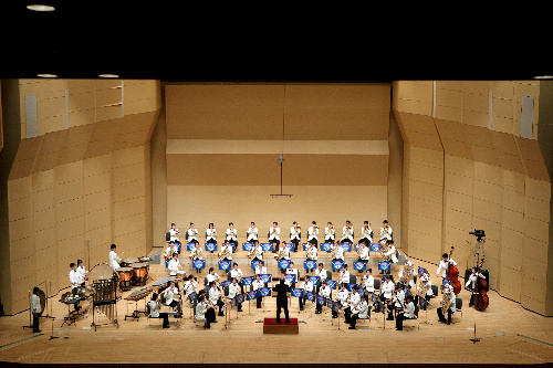 写真:息の合った演奏を披露する鹿児島情報=1日、名古屋市熱田区の名古屋国際会議場