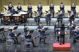 写真:全日本吹奏楽コンクールで、美しい演奏を披露する仙台市立八軒中の生徒たち=30日午後、東京都杉並区の普門館、古川透撮影