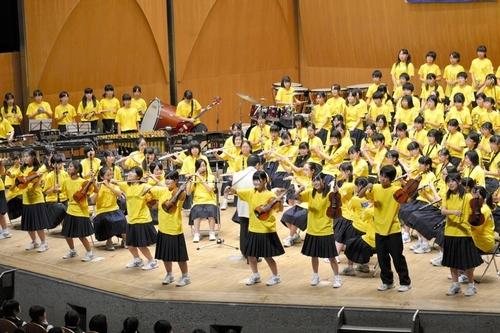 写真:グランプリに輝いた野田市中学校合同バンド=千葉市中央区