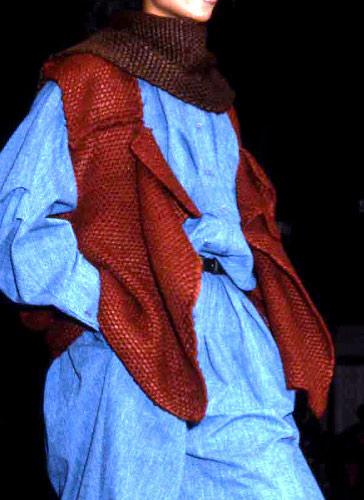 写真:真綿・中村工房 真綿を使った83年のパリ・コレ作品