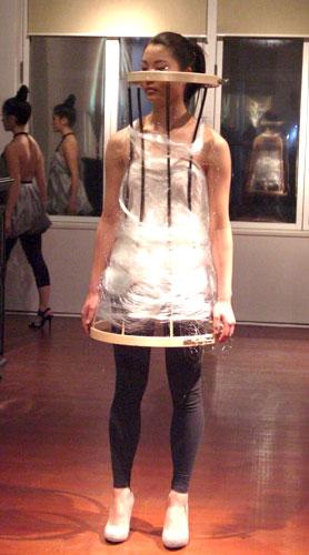 写真:「ファッション・イヴェント」の出品作