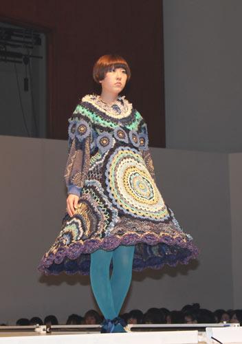 写真:文化服装学院の卒業ショー