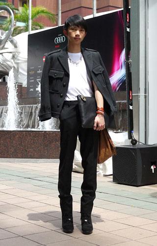 写真:男の子のファッションといえば、以前は彼のようなモードスタイルが一辺倒だった。